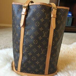 Authentic Louis Vuitton GM Monogram Bucket Bag